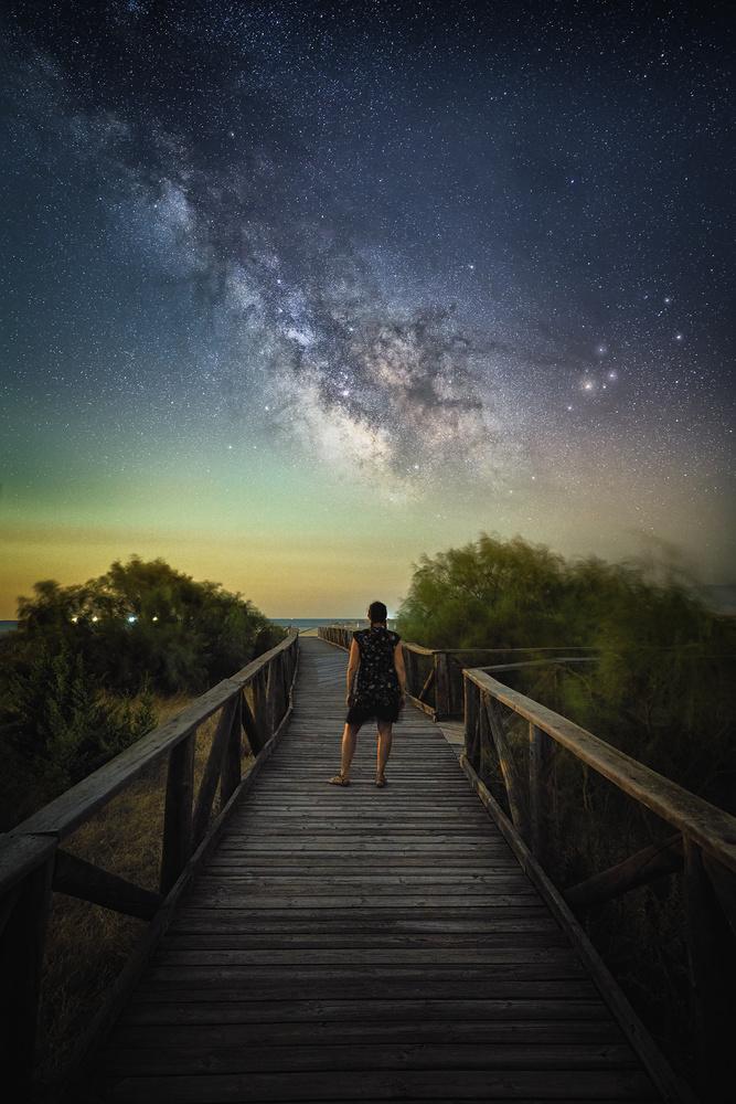 Just her and the stars by Ignacio Municio