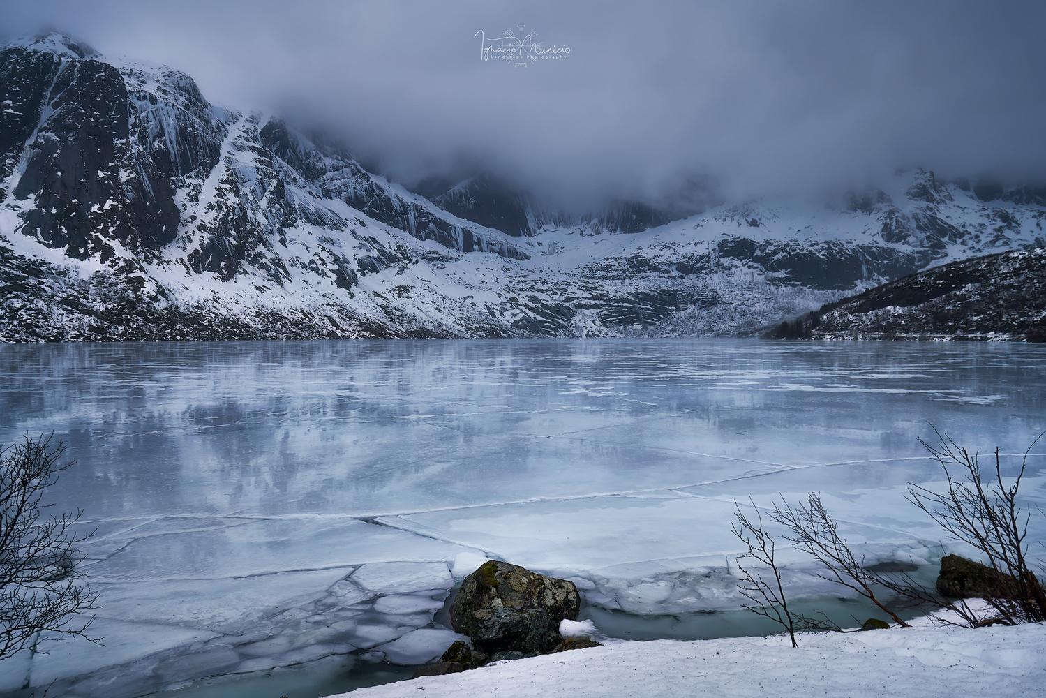 Frozen by Ignacio Municio