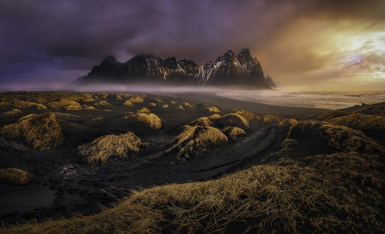 Sunrise in paradise by Ignacio Municio