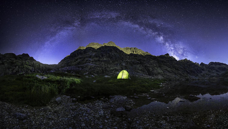 Under the stars by Ignacio Municio