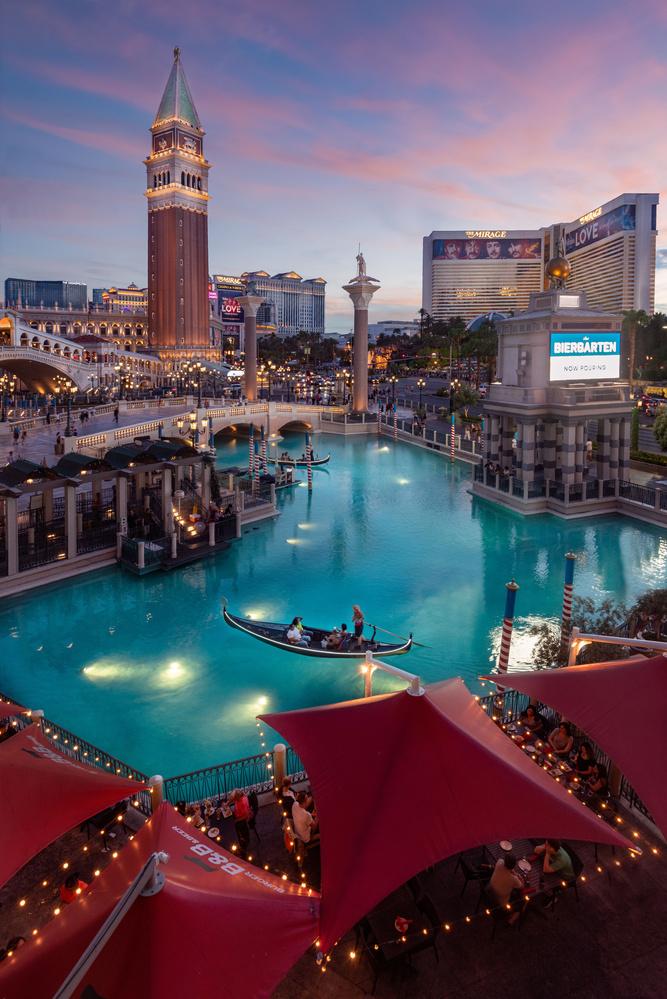 Las Vegas Sunset by Karl Vasslag