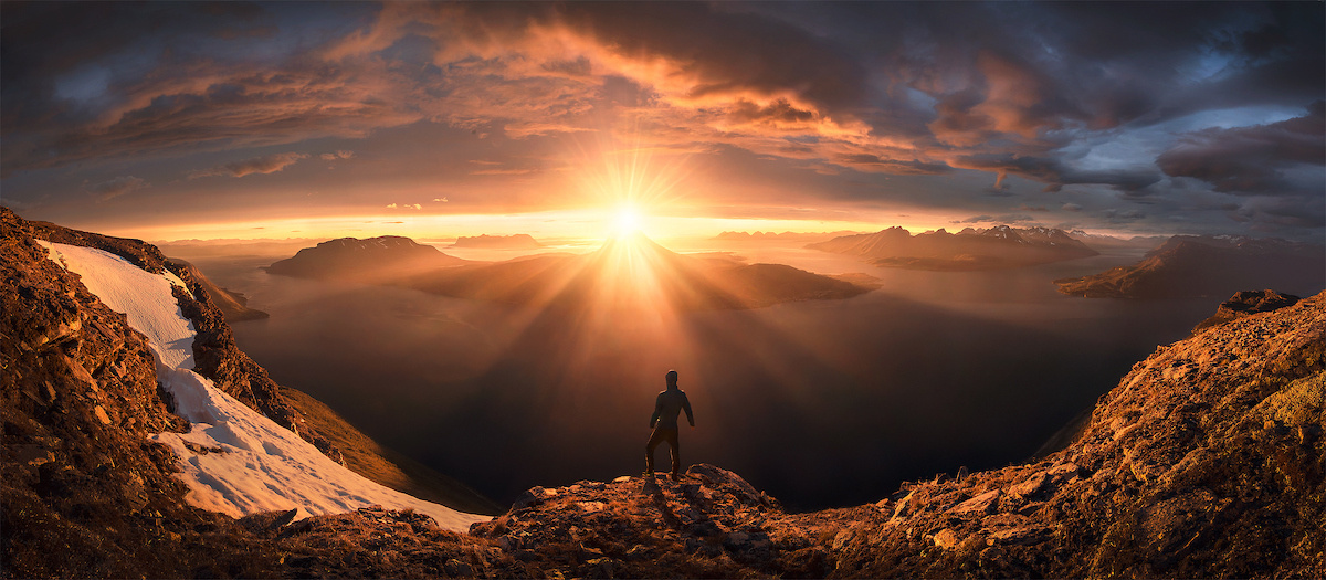 Lightshow by Max Rive