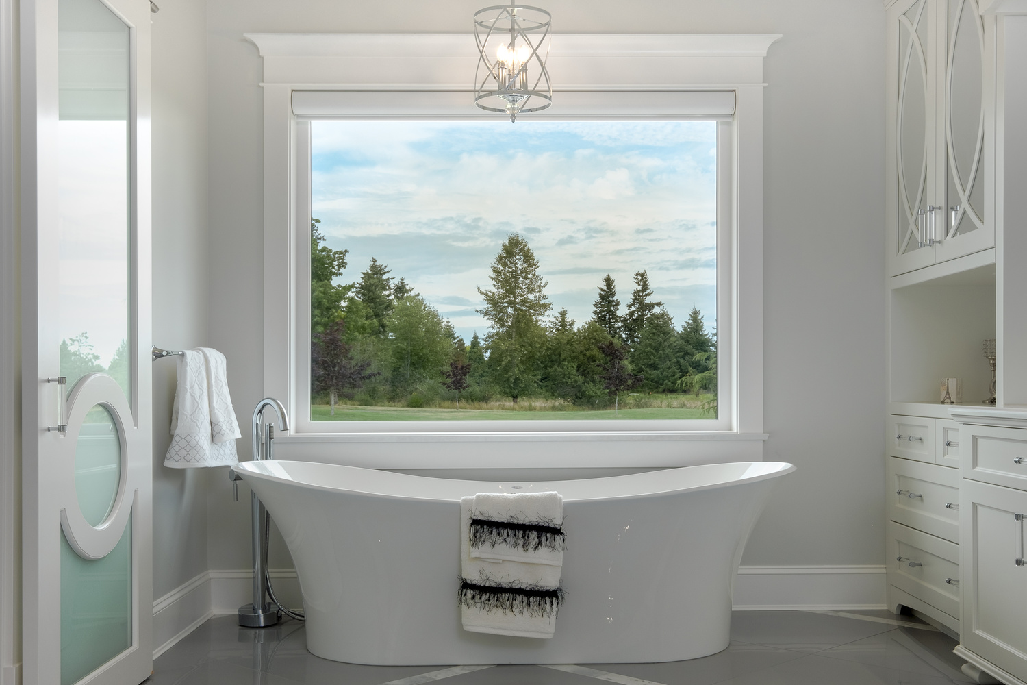 Modern Bathroom With A View by Jay Cubitt