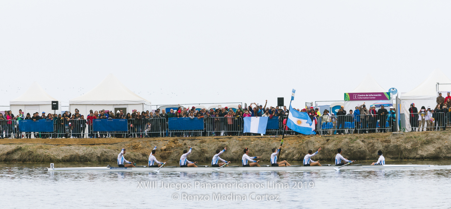 Rowing 8+ MEN Panamerican Champions by Renzo Medina