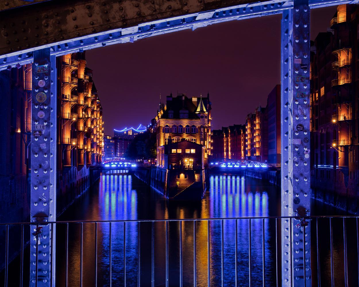 Water Castle in Hamburg by Peter Scholz