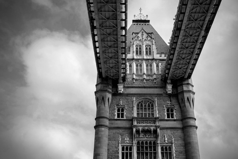 Tower Bridge by Iain Thompson