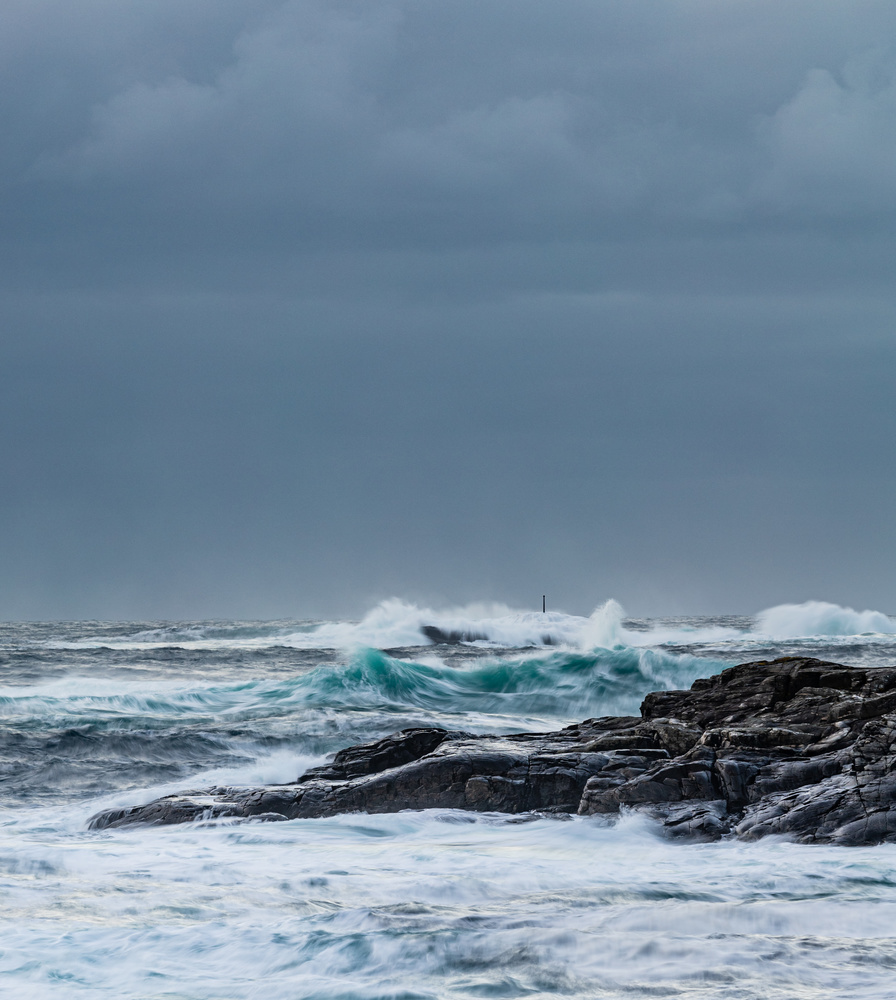 Rough sea by Morten Halvorsen