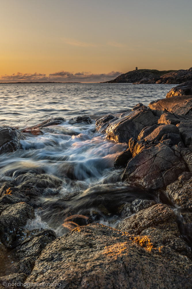 Sunset by the sea by Morten Halvorsen