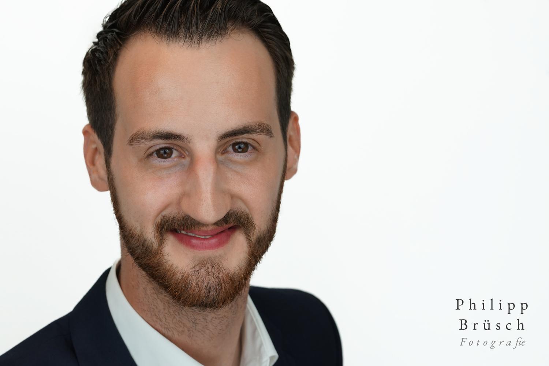 Male Headshot by Philipp Brüsch