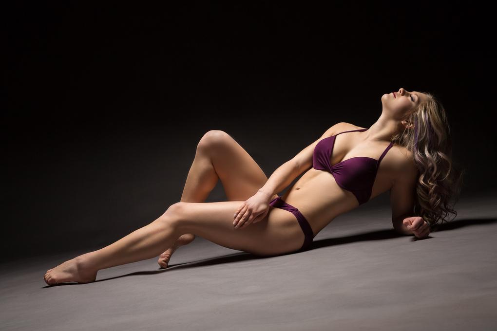 Lyndsie Studio Pose 2 by TiiLT Imagewerks