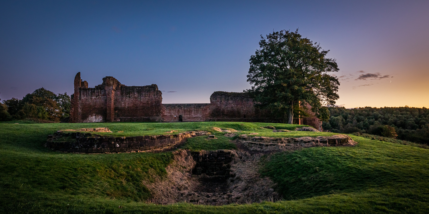 Bothwell Castle 2 by Peter Crawford