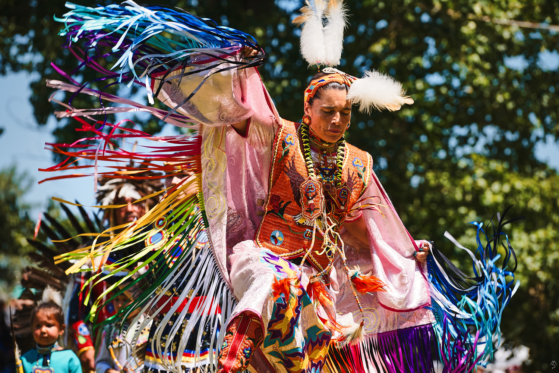 Kahnawake PowWow Women Opening dance by Matthieu Paugam