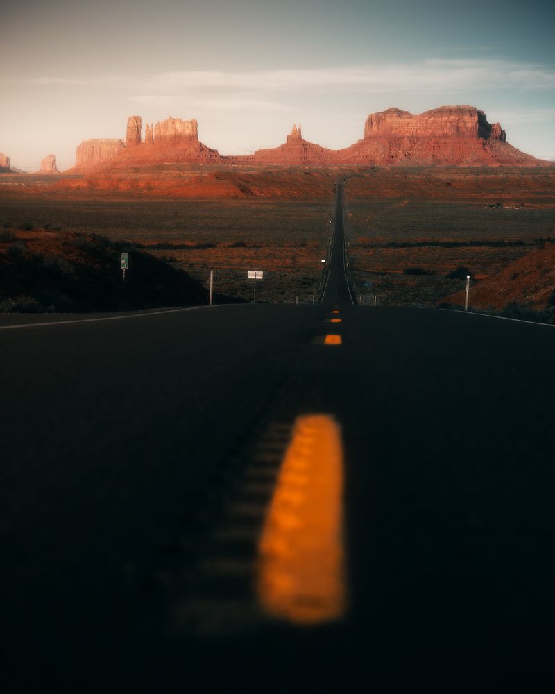 Forrest Gump Point in the Monument Valley by Akshay Kokil