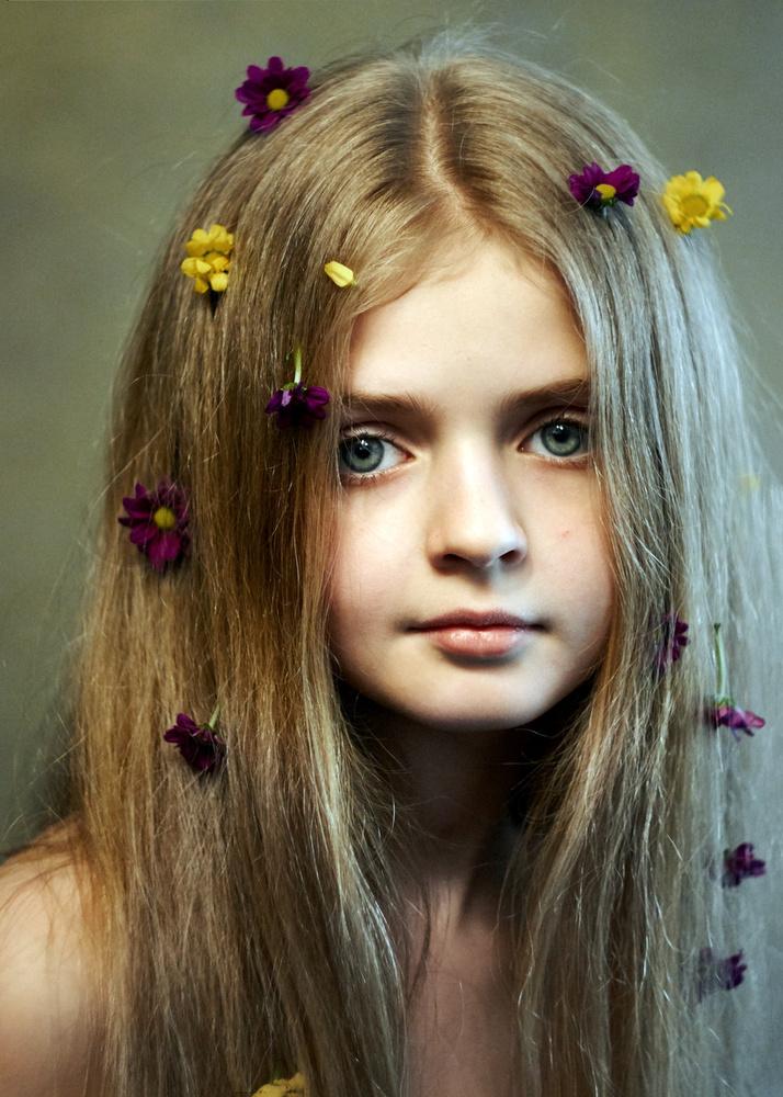 Flower by Valentyn Kolesnyk