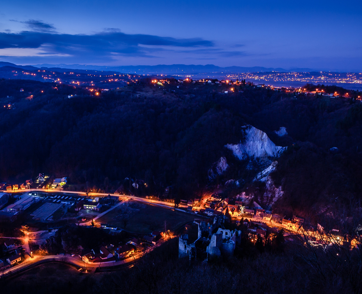 Night view by Tihomir Dubic