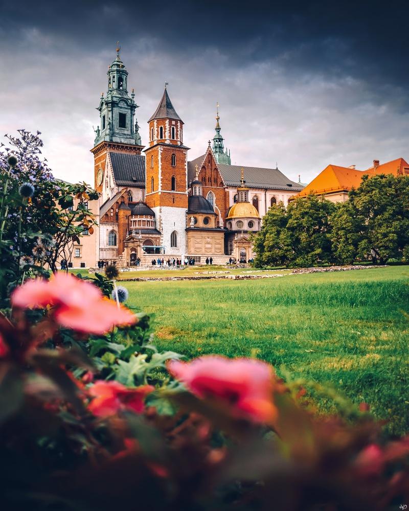 Katedra Wawelska, Krakow, Poland by Nickolas Koursioumpas