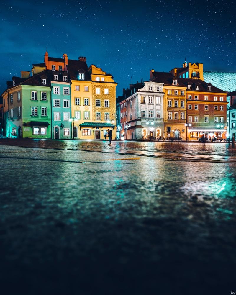 Warsaw Old Town by Nickolas Koursioumpas