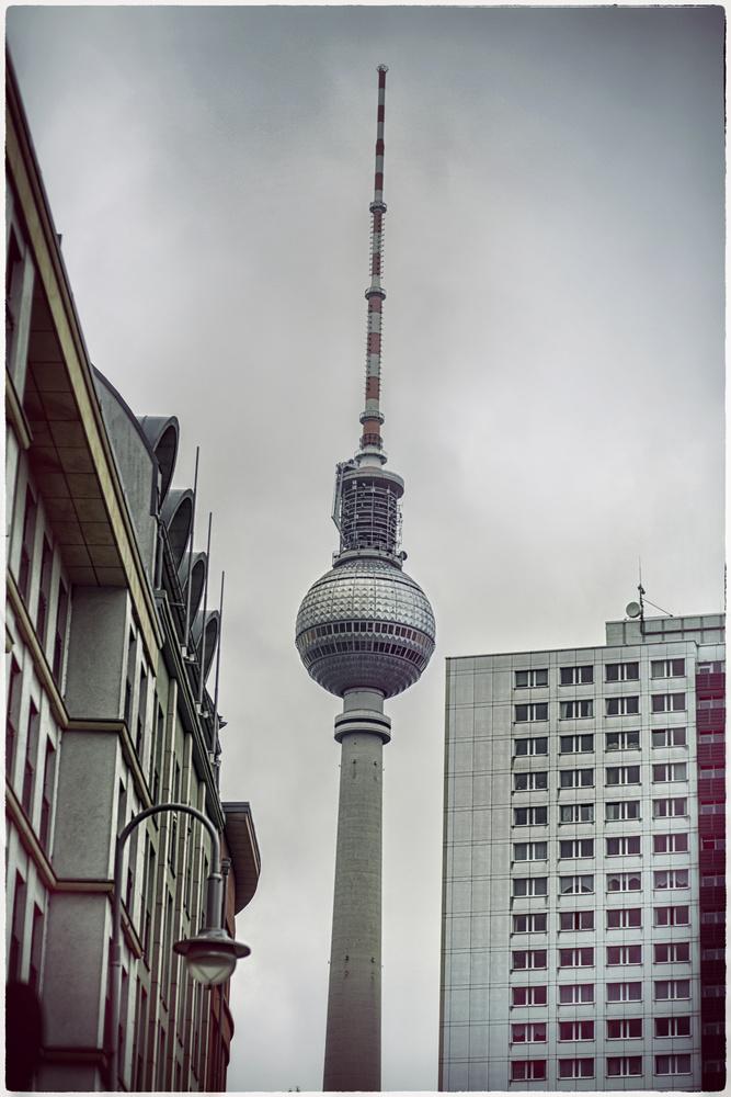 ~ 'Alexanderplatz 1985' by Anton Tal