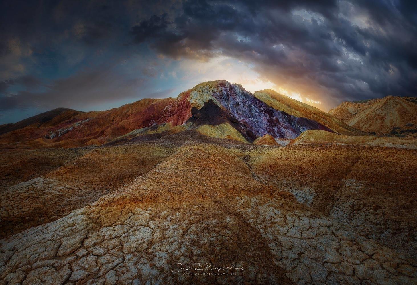 The old mine by José D. Riquelme