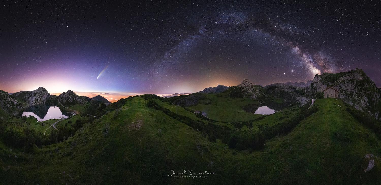 Lagos de Covadonga Neowise by José D. Riquelme