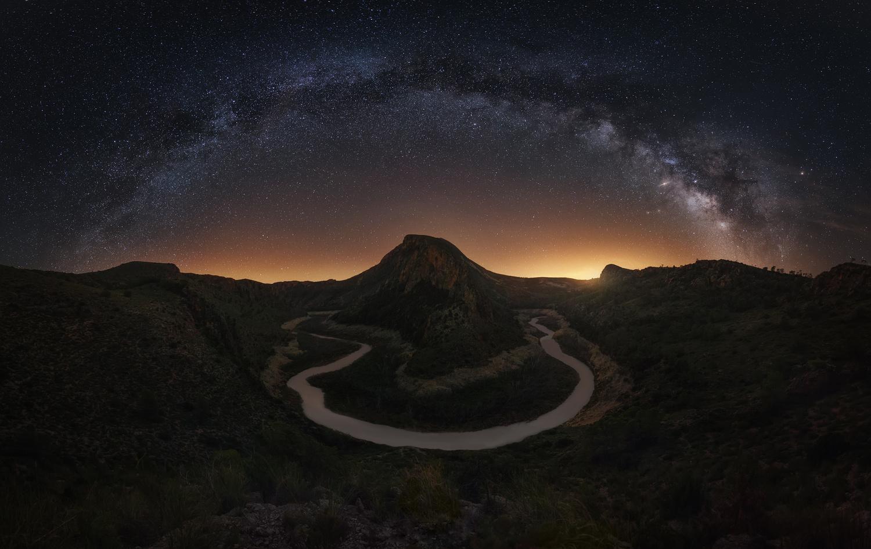 Segura´s Tails by José D. Riquelme