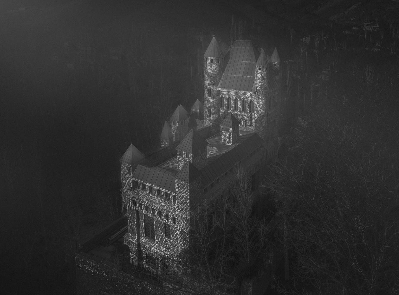 Alashy castle by Amirhossein Naghian