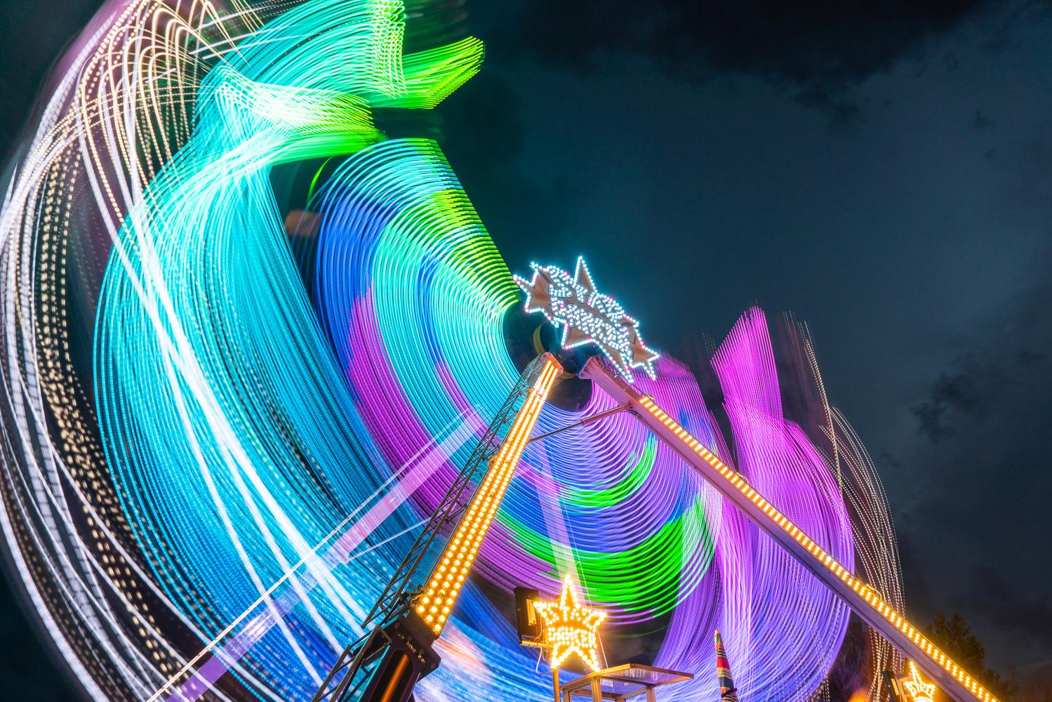 Light Swoosh by Philippe Clairo
