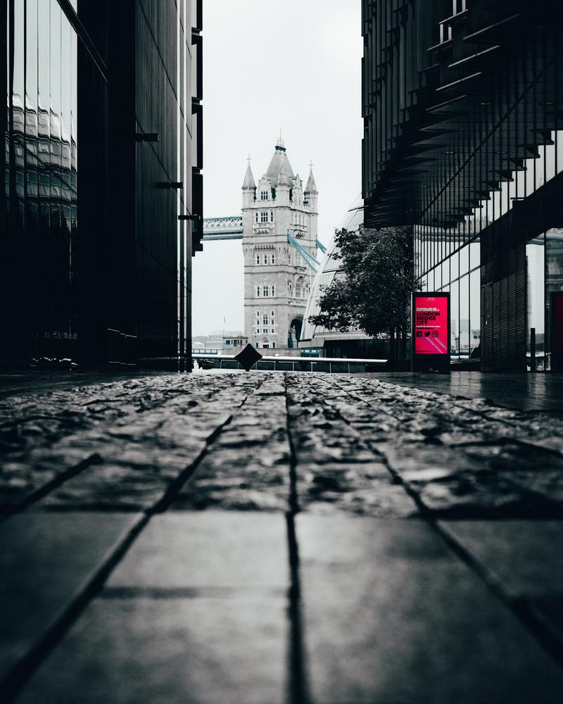 Tower Bridge by Yoss Cinematic