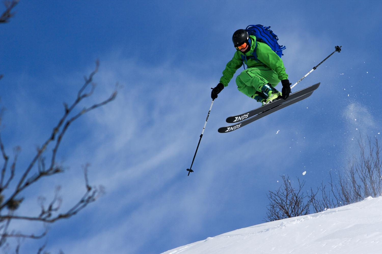 Skiing in Norwegian mountains by Peder Kongshaug