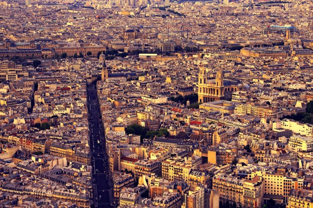 Paris  by Klefer Vinz