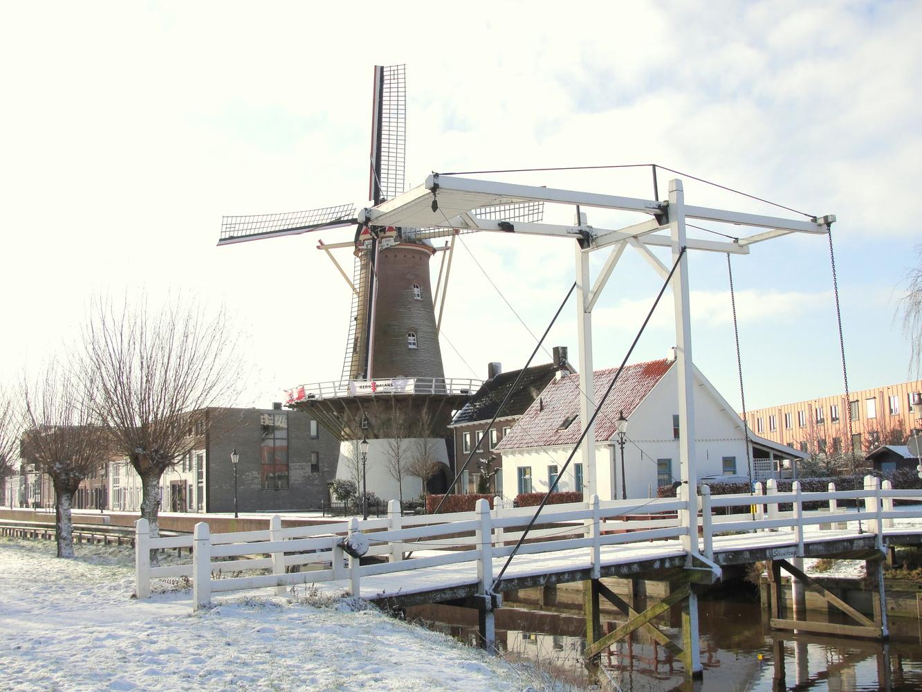 Windmill in Etten-Luer by Eric Kremer