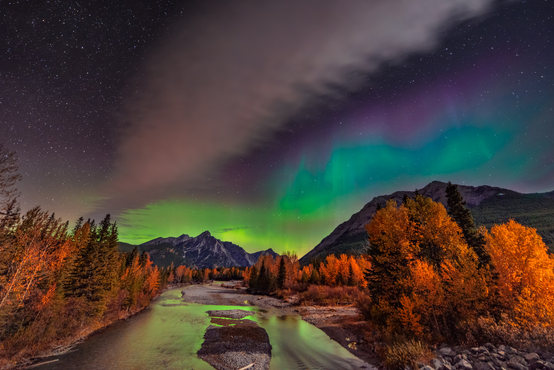 Northern Lights Kananaskis by Alex Hill