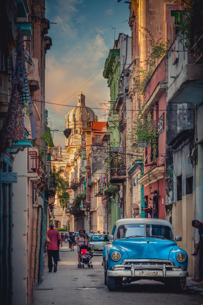 Streets of Havana by Alex Hill