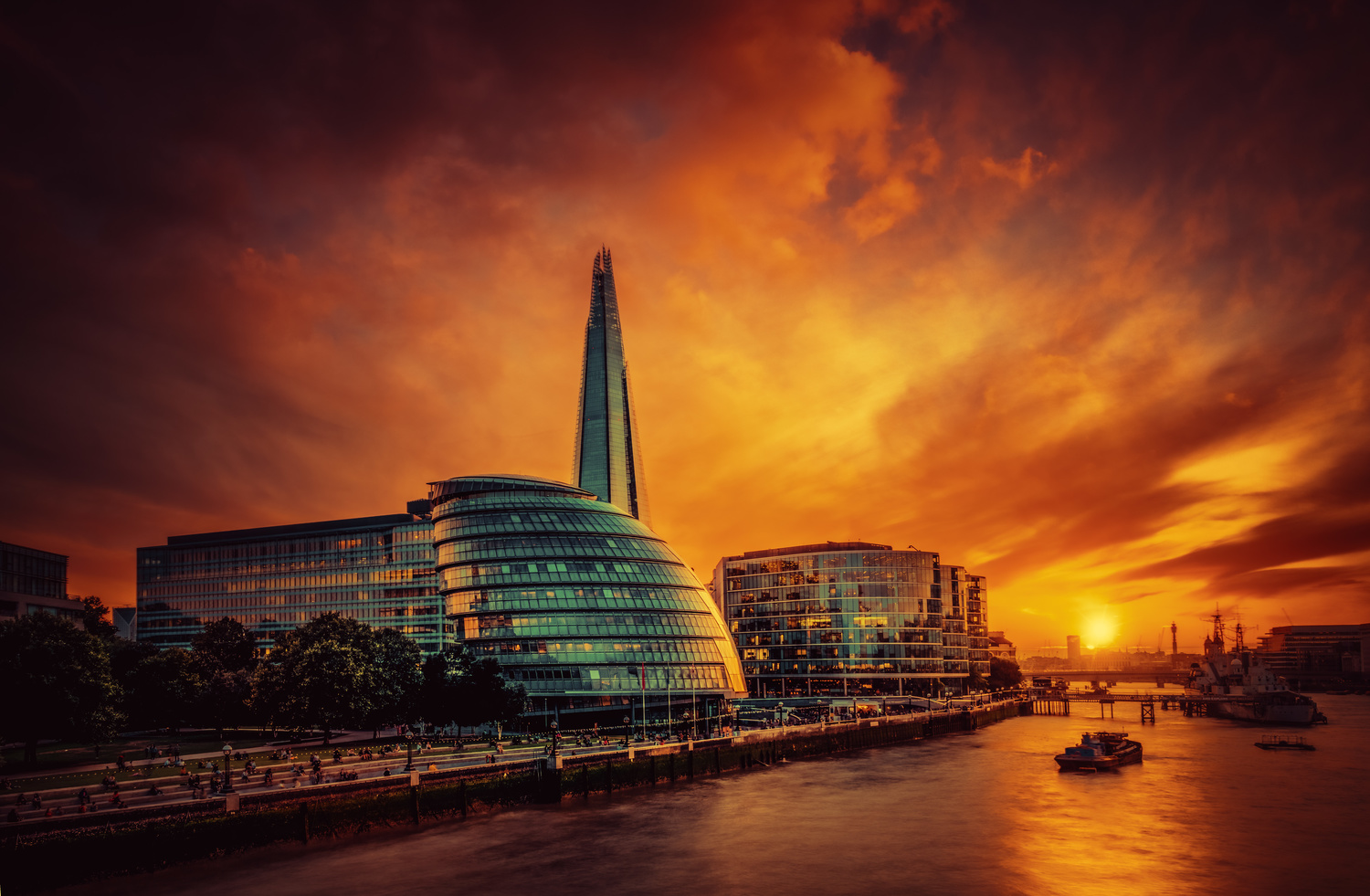 Sunset on the Thames by Alex Hill