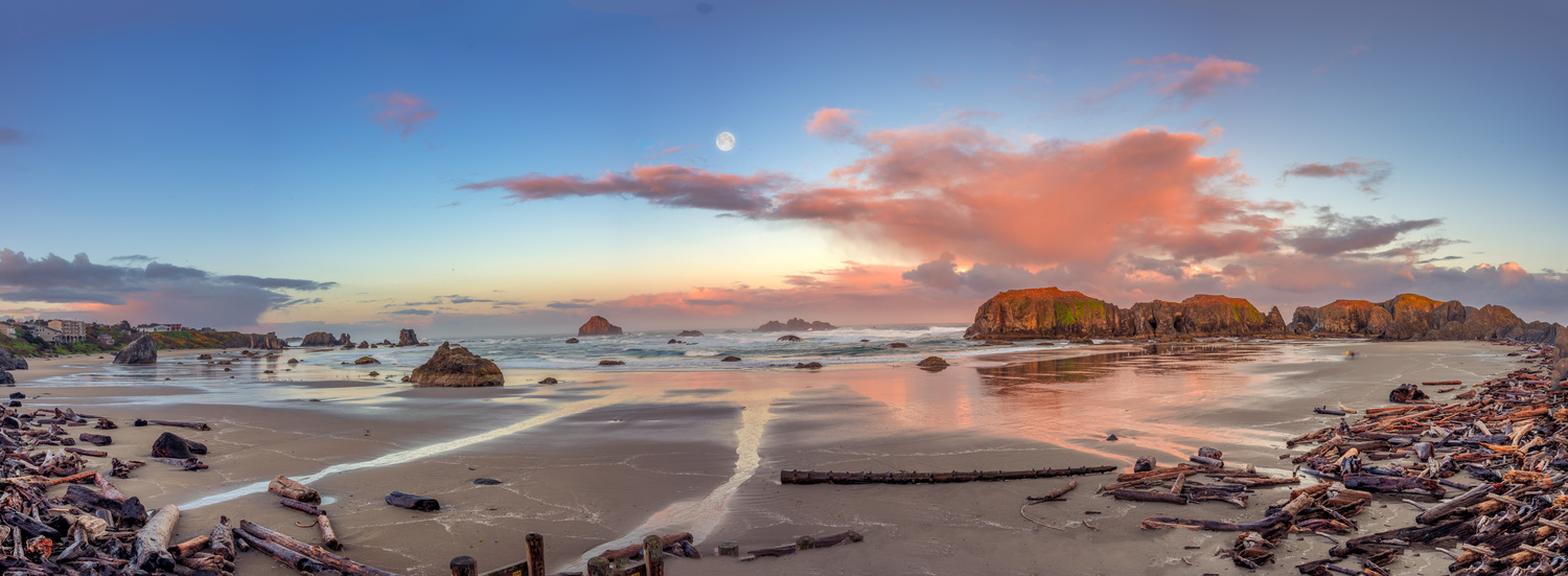 Moon Pano by Alex Hill