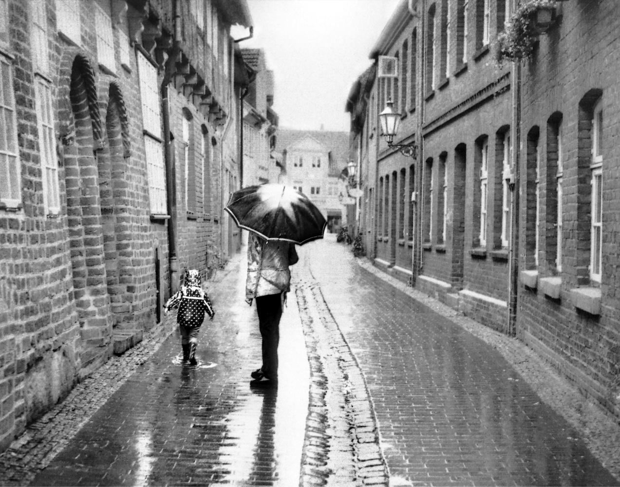 Singing in the Rain by Rasti Konkol