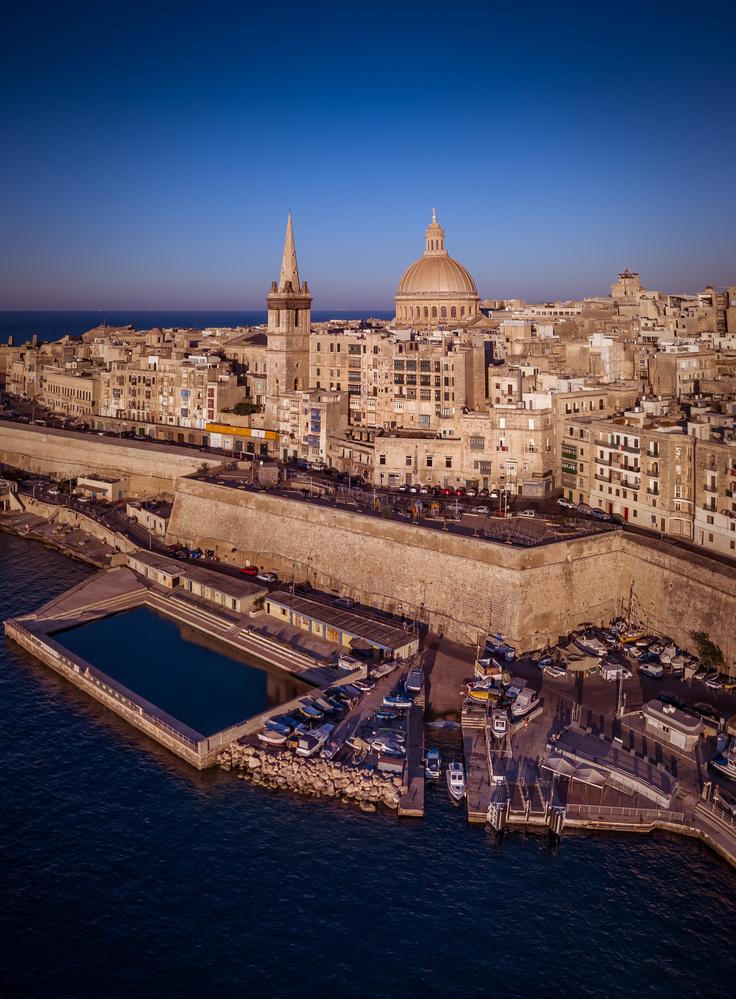 Valletta Cityscape by Mykhailo Nahlii
