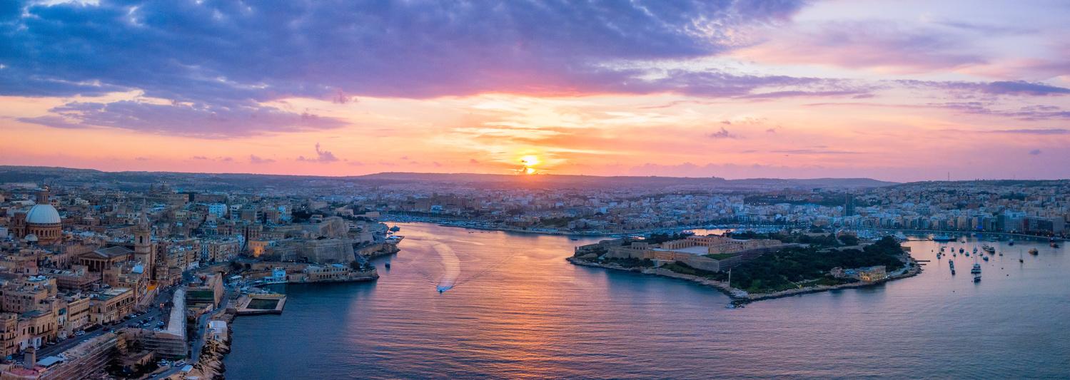 Sunset by Mykhailo Nahlii