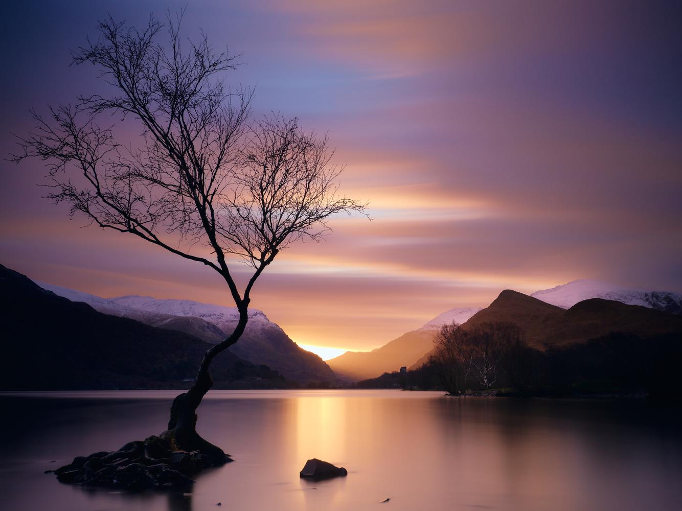 Llyn Padarn by Dominic Williams