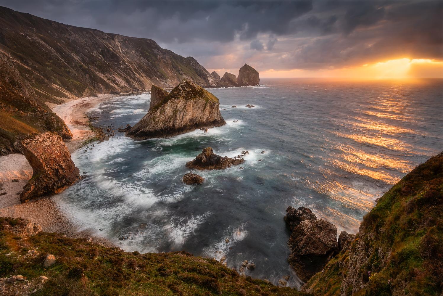 Storm Bay by Pawel Zygmunt