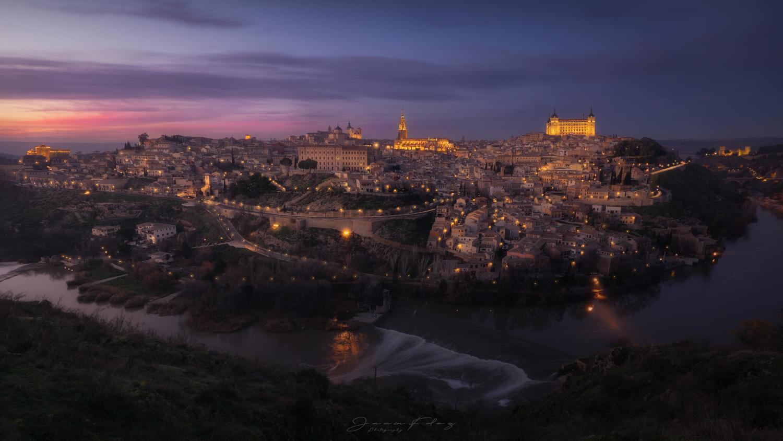 Toledo by Jacin Fernández