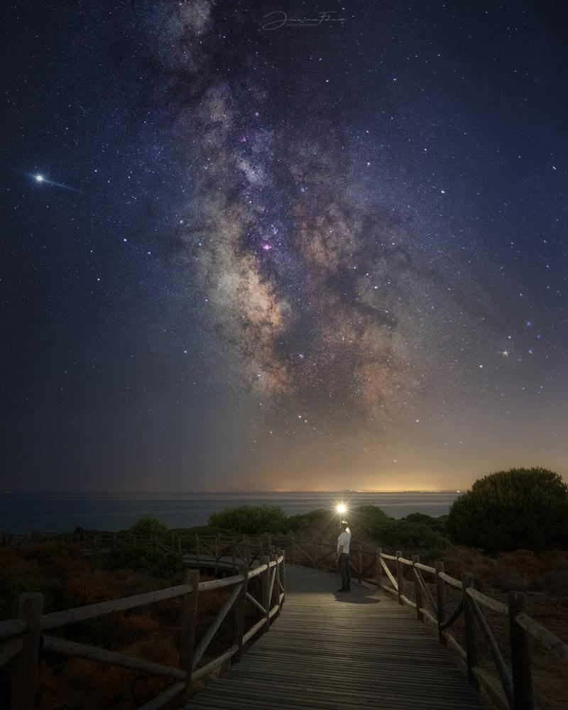 Way to the stars by Jacin Fernández