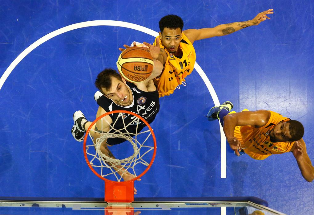 Basketball remote action by Ville Vuorinen