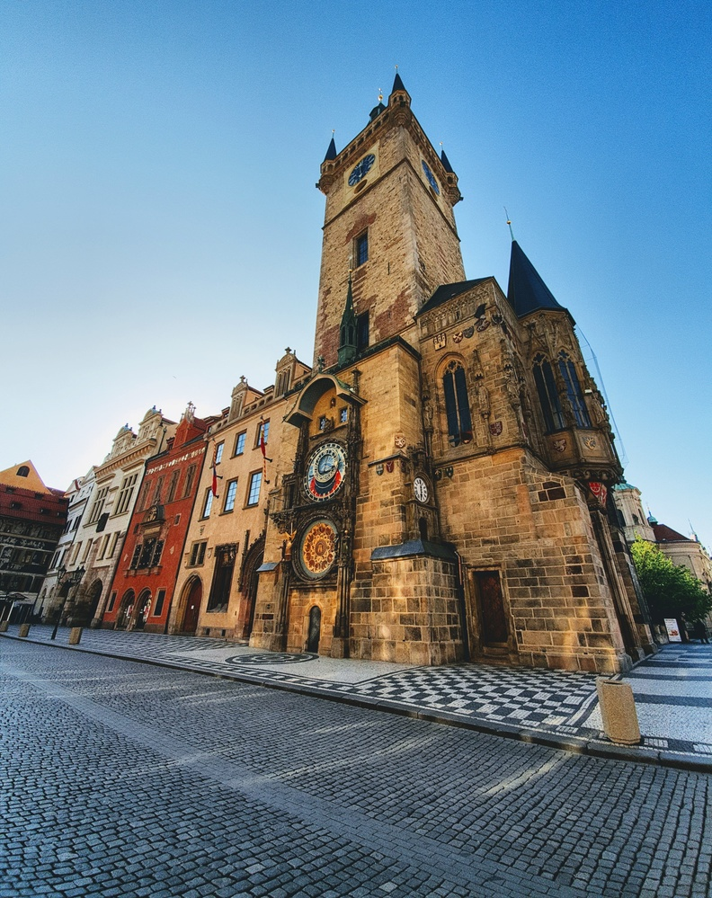 A visit to Old Town Square in Prague during the pandemic by Petr Harmy Harmáček