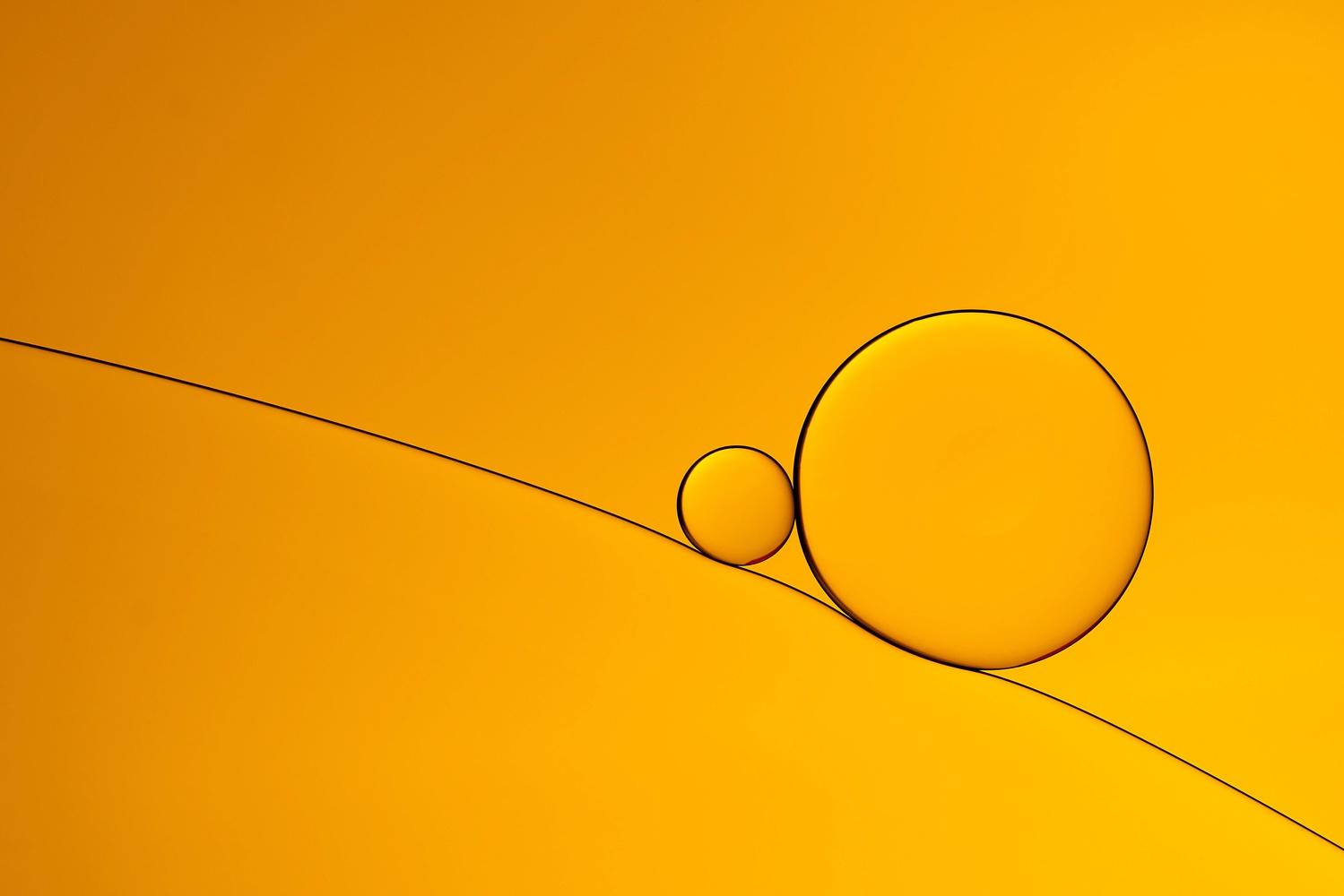 Oil on Water by Hans van Voorst