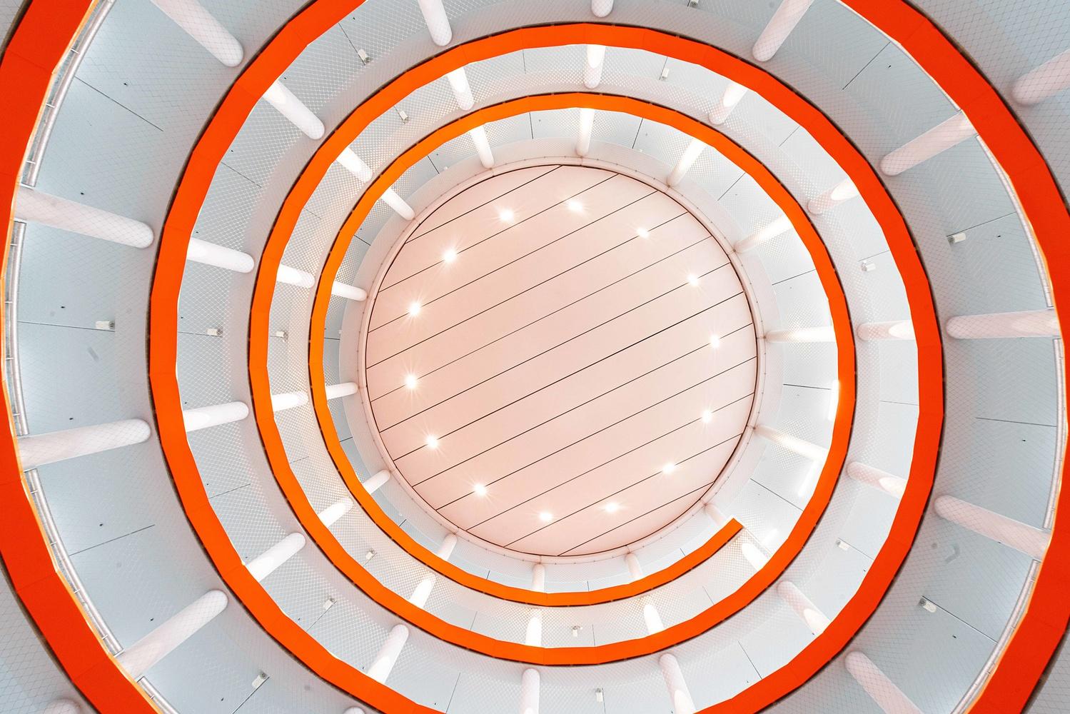 Orange spiral by Hans van Voorst