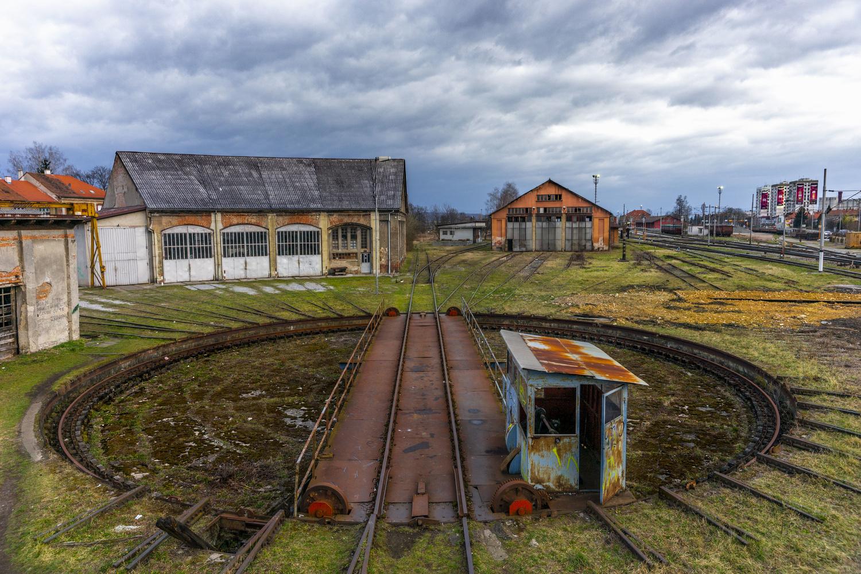 Train Mover by Sanjin Kusan