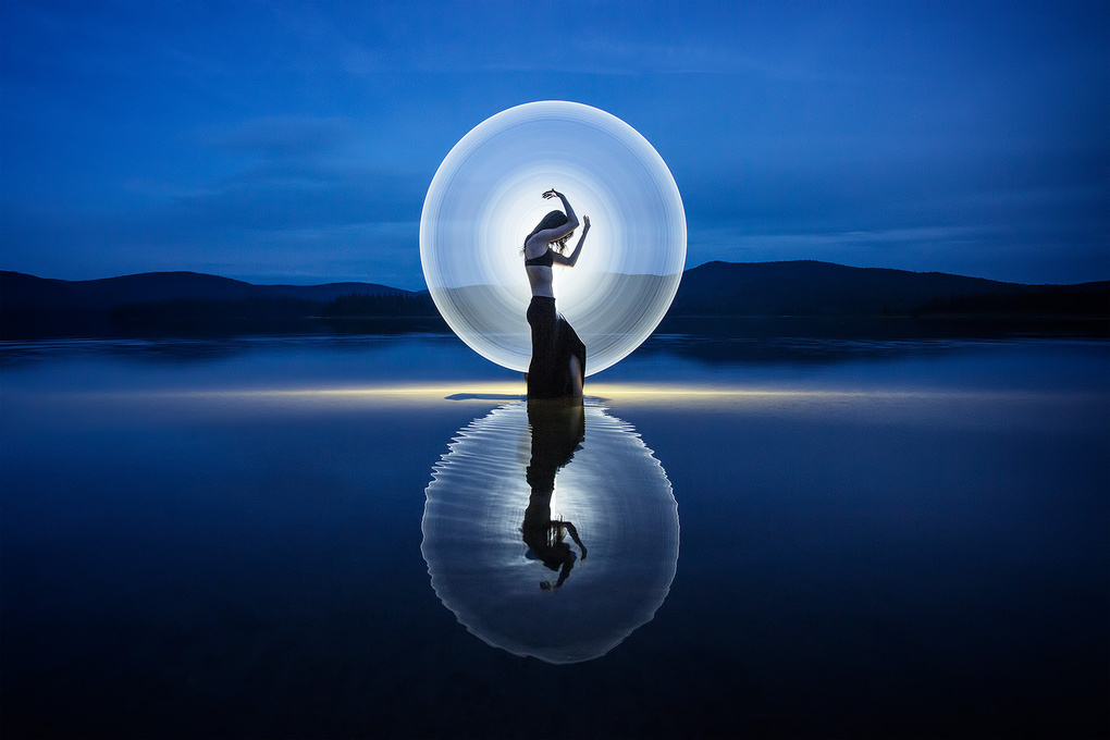 One second light-painting by Eric Pare