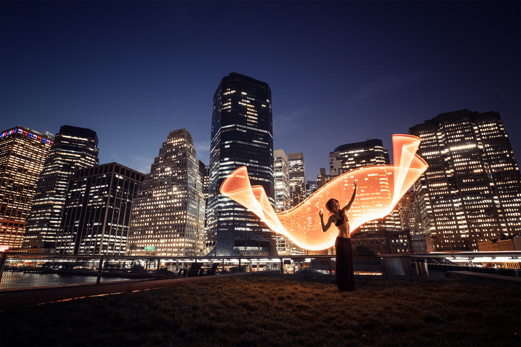 Light-painting in NYC by Eric Pare