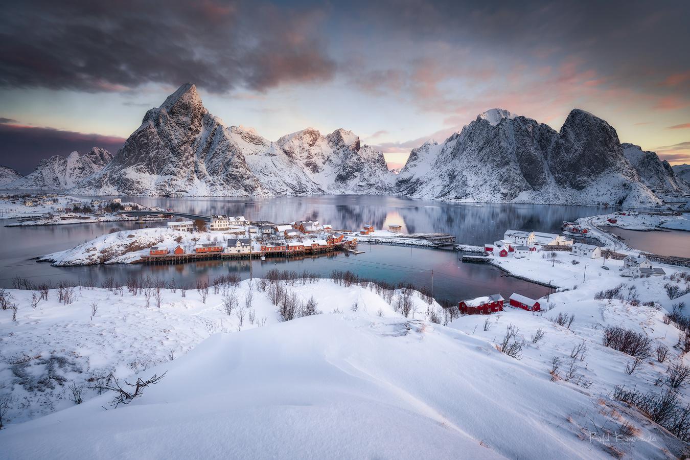 Winter morning by Rafal Kani